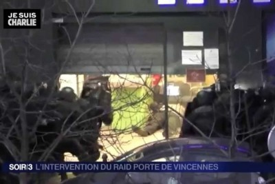 Video of Police Action on Kidnapper Amedy Coulibaly in Paris