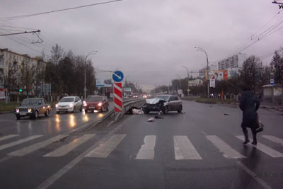 Shocking Russian Accident On Pedestrian Crossing