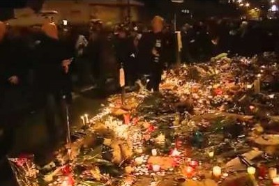 Mass Panic In France While Laying Down Flowers For Victims Of Terror Attack