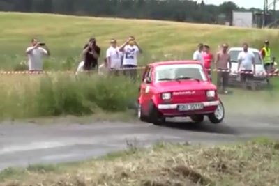 This Is How Rally Looks Like With An Old Legendary Car