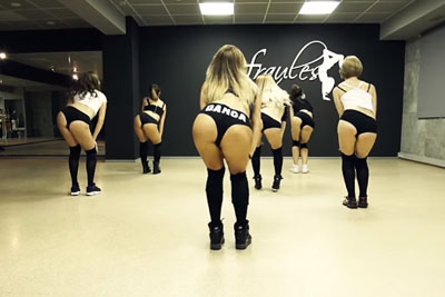 """Watch This Choreo By Hot Russian Dancers And """"Get Real Nasty"""" Together"""