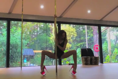 This Pole Dancer Will Take Your Breath Away With Her Performance
