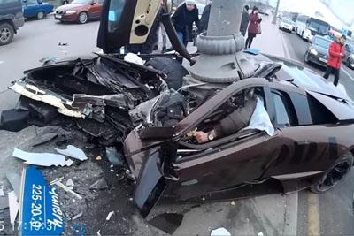 Saving The Passenger In A Deadly Lamborghini Crash In Russia