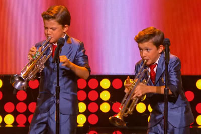 These Twin Trumpeters Have The Crowd In Chills - But No One Expected Them To Do This
