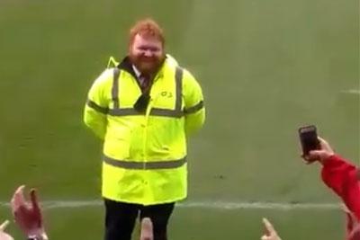 Fans Sing To Ed Sheeran Lookalike Steward Before Rugby Match