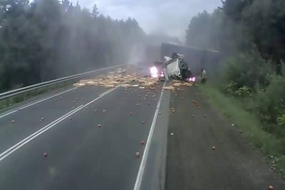 Semi Truck Loses Brakes And Causes Huge Destruction