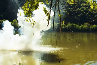 This Is What Happens When You Throw A Pound Of Solid Sodium Into A River