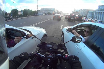 Filtering Motorcycle Gets Cut Off In Traffic, Then This Happens