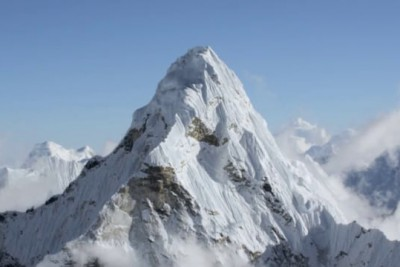 They Just Released This Drone Footage Of The Himalayas - And It's Jaw Dropping