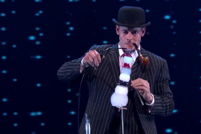 Magician Denis Lock Performs Outstanding Bubble Blowing Skills