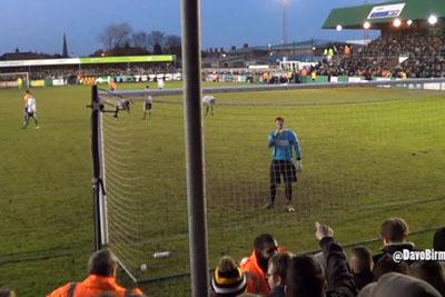 Birmingham Fans Taunt Blyth Goalkeeper