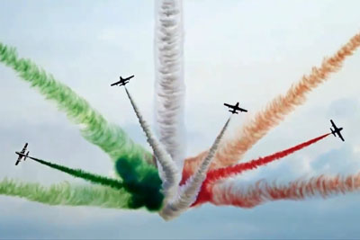 This Breathtaking Scene With Italian Jets Is Totally Crazy