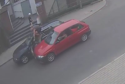 Road Rage Between Two Drivers In Poland Almost Leads To Tragedy