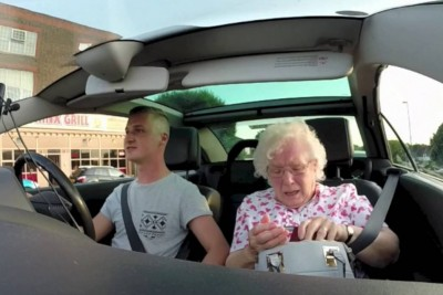 Emotional Suprise For Nan's Birthday Will Bring Tears To Your Eyes