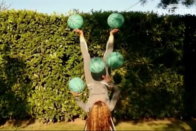 Acrobat Selyna Bogino's Incredible Juggling Skills