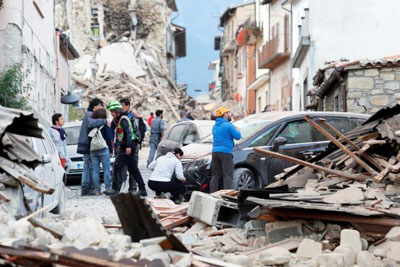 A Powerful 6.2 Quake Shakes Rome And Destroys Town In Central Italy