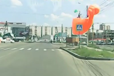 Is This Unluckiest Skydiver From Russia?