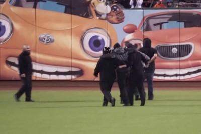 Security Guard Breaks Leg Tackling Fan On The Field
