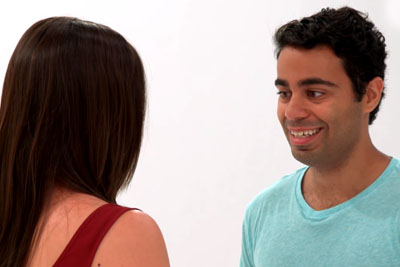 Love At First Kiss? World Is Laughing At This Guy's Reaction