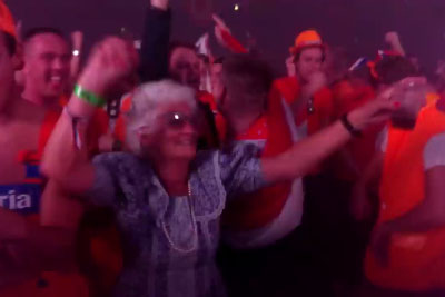 Crazy Grandma Loves Hardstyle Music - You Must See How Much She Enjoys This Music