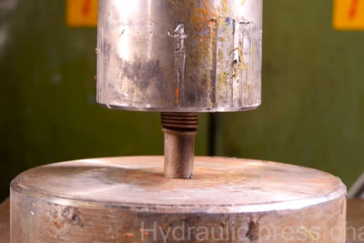 Crushing Hollow Metal Pipes With The Hydraulic Press Is Extraordinarily Satisfying