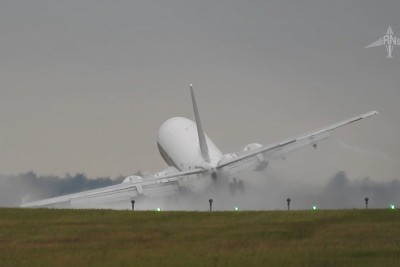 Crosswind Boeing 737 Landing Results In Almost Crash