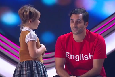Amazing 4-Year-Old Bella From Moscow Easily Speaks 7 Languages