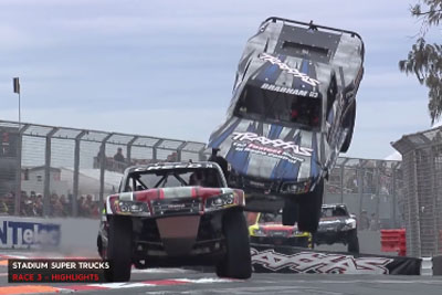Crazy Highlights From Gold Coast Stadium Super Trucks Race Will Boost Your Adrenaline