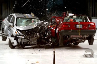 The Difference In A Crash Test Between The Cheapest Nissan Sold In Mexico And The One Sold In USA