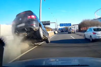 Cammer Captures A Crash On Autobahn In Germany At High Speed