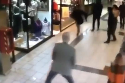 84-Year-Old Man Stops A Thief With A Low Kick To The Legs