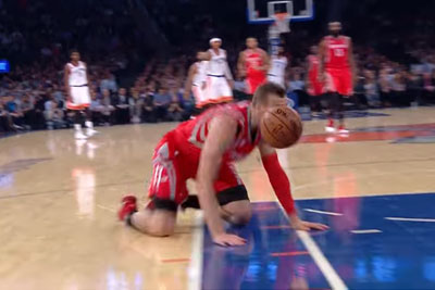 NBA Player Sam Dekker Is The Unluckiest Player At The Time