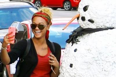 Scary Snowman Scares Random People In Columbus, Ohio