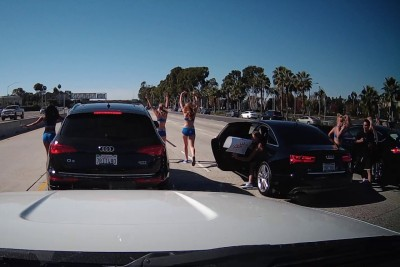 Cheerleaders In Luxury SUVs Stop Southern California 405 Freeway To Protest Election Results