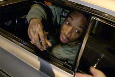 Wiz Khalifa Gives Away His Own Weed To Paparazzi