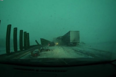Dashcam Video From Russia Shows Why You Should Always Be Careful On The Highway In Bad Weather