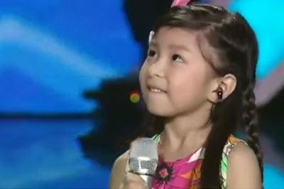 Little Asian Girl Sings Titanic Song In Cutest Way Possible
