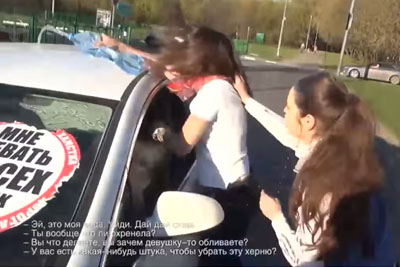 Teenagers Stop Reckless Drivers In Russia In Best Way Possible