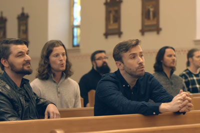 6 Men Begin Singing In An Empty Church, Their Song Is Covering Everyone In Goosebumps