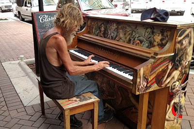 Homeless Man Sits Next To A Public Piano, Then He Shocks Everyone With His Playing