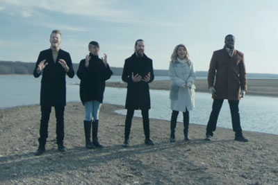 "Pentatonix Sings ""The First Noel"" - With A Twist That's Covering Everyone With Goosebumps"