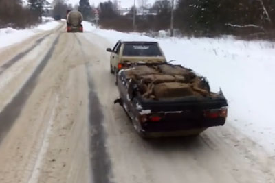 This Is How Towing A Car In Russia Looks Like