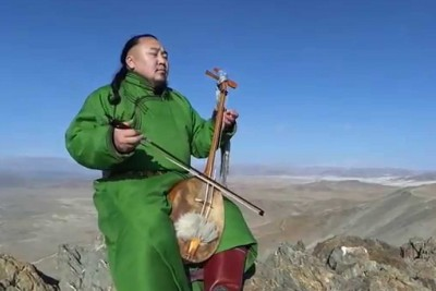 Mongolian Throat Singing Is So Mesmerizing You Will Listen To It More Than Once