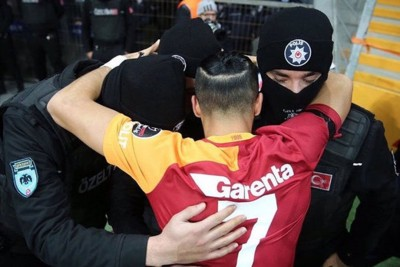 Heartbreaking Moment When Turkish Player Hugs Police After Terrorist Attacks