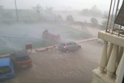 Powerful Cyclone Winds Straight Up Blow A Car Over