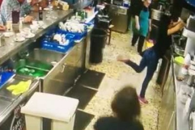 Waitress Pulls Off Amazing Coffee Cup Back Flick