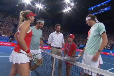 Roger Federer Makes A Girl Cry In Australia