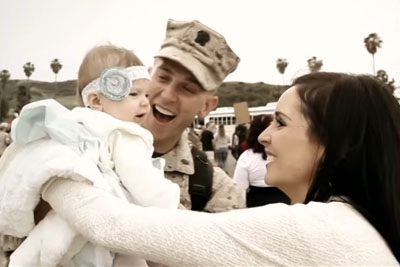 Military Dad Coming Home From Afghanistan Meets Baby Daughter For First Time