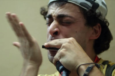 You Think Playing Harmonica Can't Be Special? This Italian Musician Will Change The Way You Think!