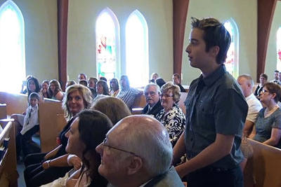 Boy Stands Up In Middle Of Wedding Ceremony, Groom In Disbelief When He Begins To Sing
